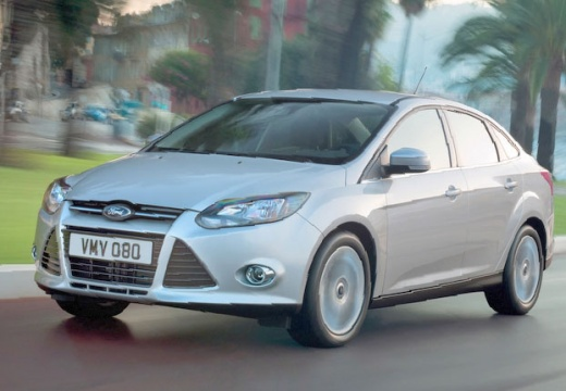FORD Focus V sedan silver grey
