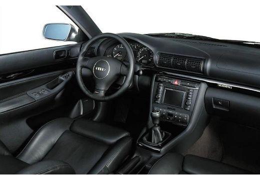 AUDI A4 Avant B5 kombi wnętrze