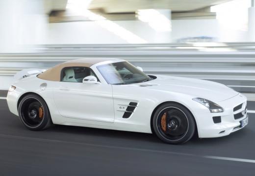 MERCEDES-BENZ SLS roadster biały przedni prawy