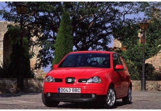 SEAT Arosa hatchback czerwony jasny przedni lewy