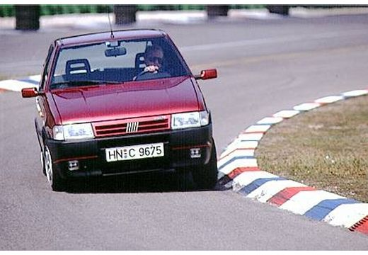FIAT Uno II hatchback bordeaux (czerwony ciemny) przedni