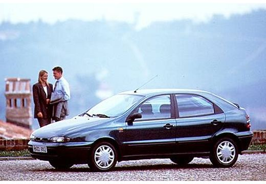 FIAT Brava hatchback czarny przedni lewy