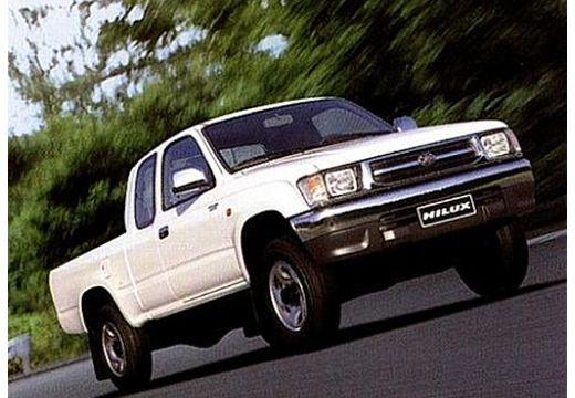Toyota HiLux I pickup biały przedni prawy