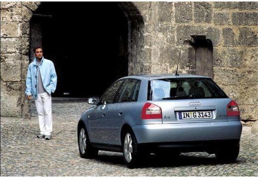 AUDI A3 /S3 8L II hatchback silver grey tylny lewy
