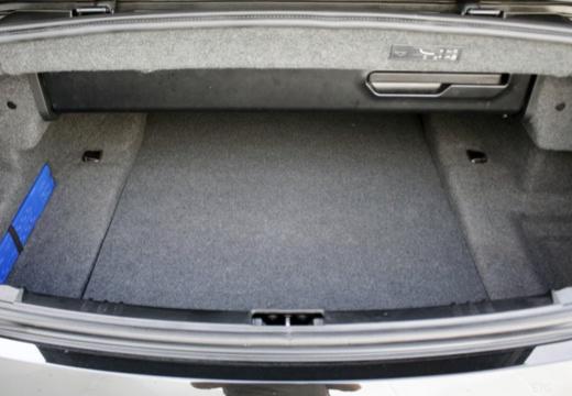 BMW Seria 6 Cabriolet E64 II kabriolet przestrzeń załadunkowa