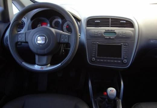 SEAT Altea I hatchback boczny lewy