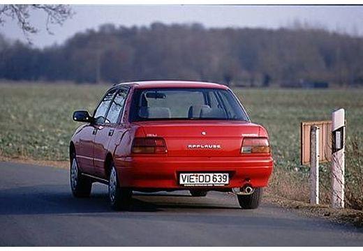 DAIHATSU Applause hatchback czerwony jasny tylny lewy