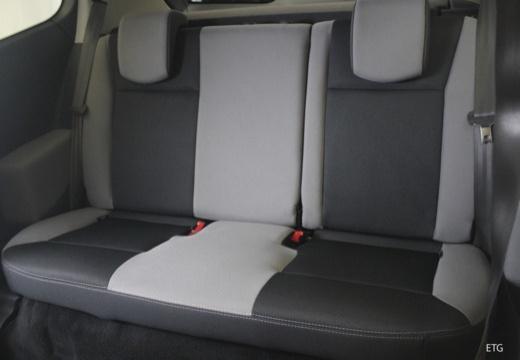 RENAULT Clio III II hatchback wnętrze