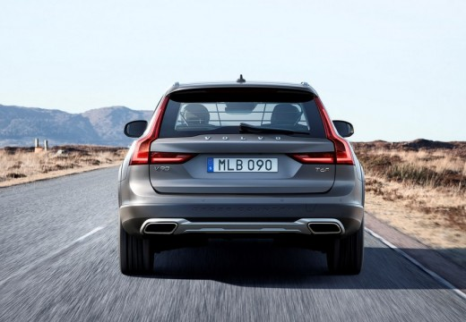 VOLVO V90 Cross Country kombi silver grey tylny