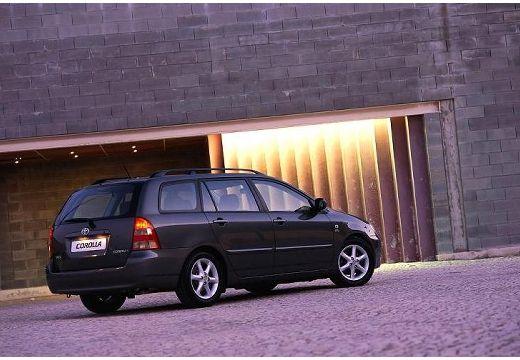 Toyota Corolla V kombi czarny tylny prawy