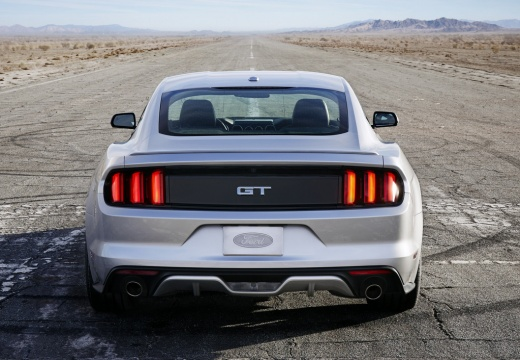 FORD Mustang Fastback I coupe silver grey tylny