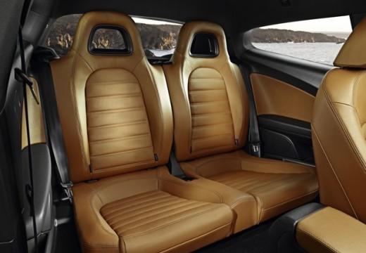 VOLKSWAGEN Scirocco III I coupe wnętrze