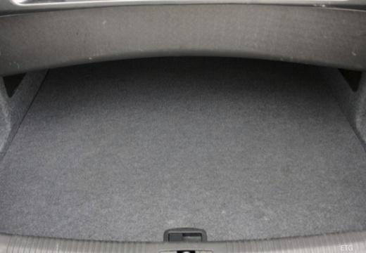 AUDI A4 Cabriolet 8H II kabriolet przestrzeń załadunkowa