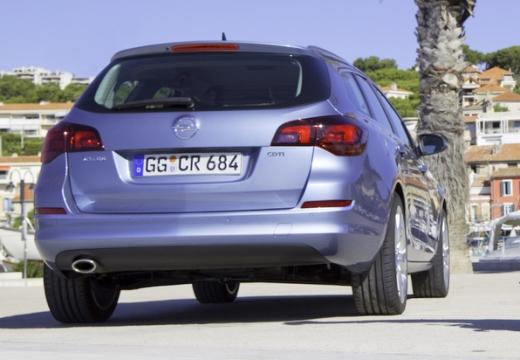 OPEL Astra IV ST I kombi niebieski jasny tylny prawy