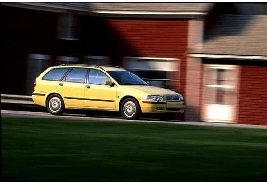 VOLVO V40 III kombi żółty przedni prawy