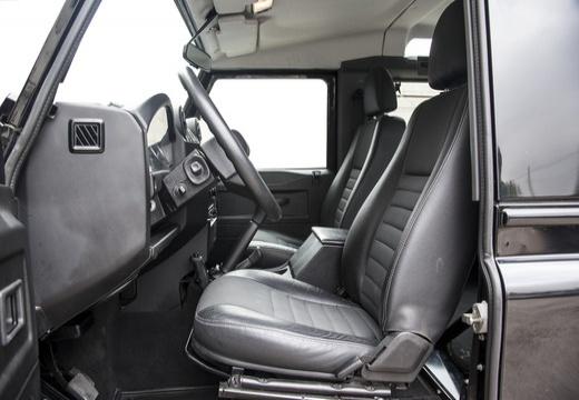 LAND ROVER Defender Pickup 90 III kombi czarny wnętrze