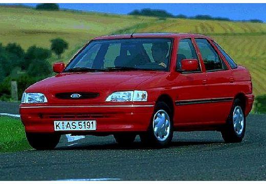 FORD Escort III hatchback czerwony jasny przedni lewy