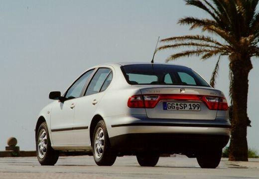 SEAT Toledo II sedan silver grey tylny lewy
