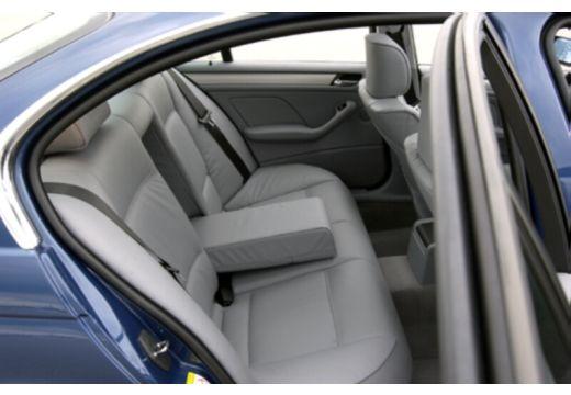BMW Seria 3 E46/4 sedan niebieski jasny wnętrze