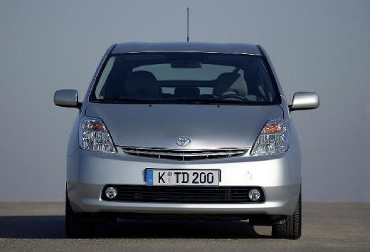 Toyota Prius I hatchback silver grey przedni