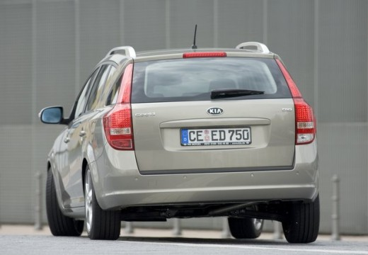 KIA Ceed Sporty Wagon II kombi silver grey tylny lewy