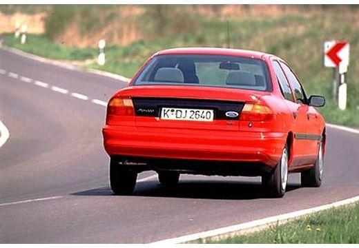 FORD Mondeo sedan czerwony jasny tylny prawy