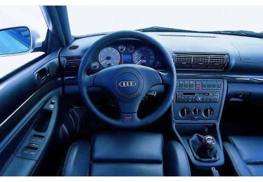 AUDI A4 Avant B5 kombi tablica rozdzielcza