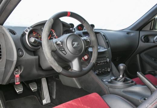 NISSAN 370 Z coupe tablica rozdzielcza