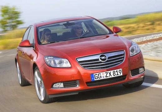 OPEL Insignia I hatchback czerwony jasny przedni prawy