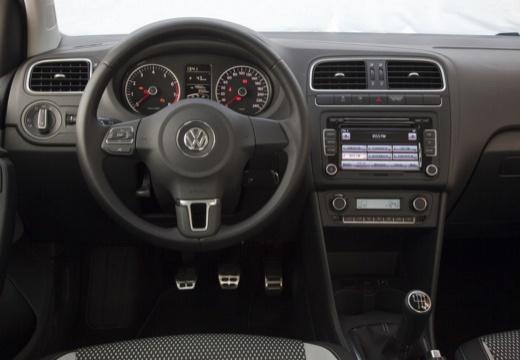 VOLKSWAGEN Polo V I hatchback czerwony jasny tablica rozdzielcza