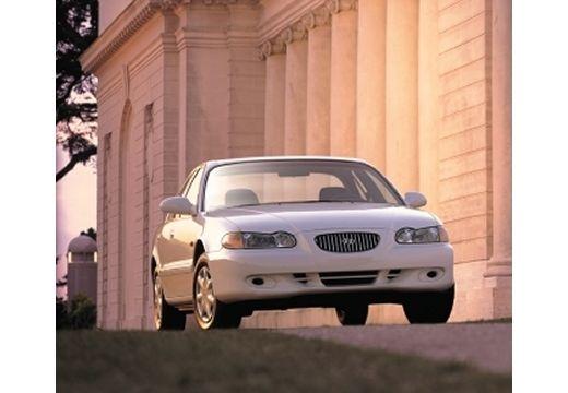HYUNDAI Sonata III sedan biały przedni prawy