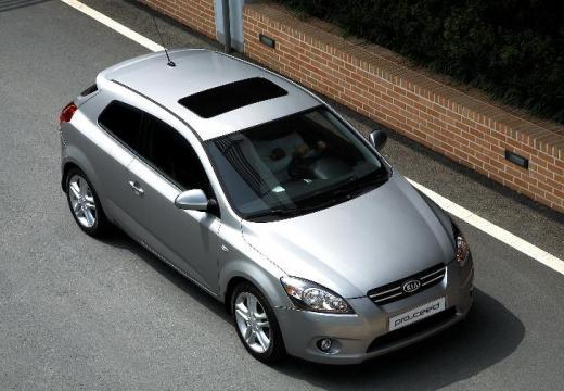 KIA Ceed Proceed II hatchback silver grey górny przedni