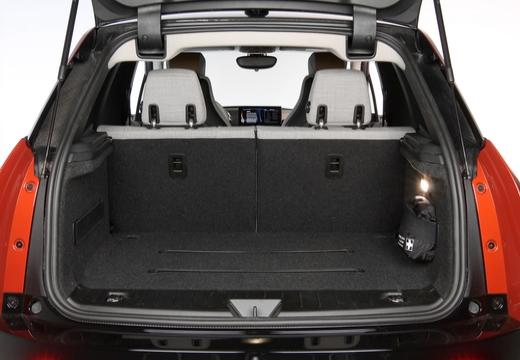 BMW i3 I01 I hatchback pomarańczowy przestrzeń załadunkowa