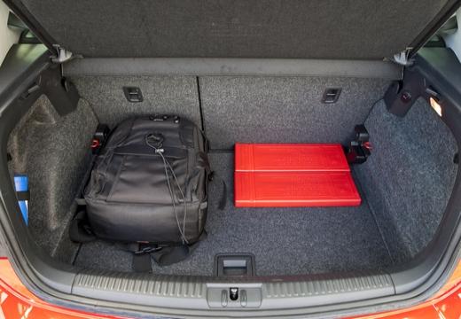 VOLKSWAGEN Polo V I hatchback