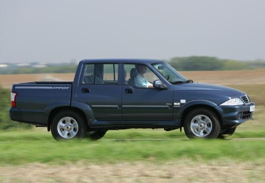 SSANG YONG Musso pickup niebieski jasny przedni prawy