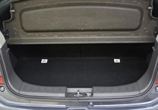 NISSAN Pixo I hatchback przestrzeń załadunkowa
