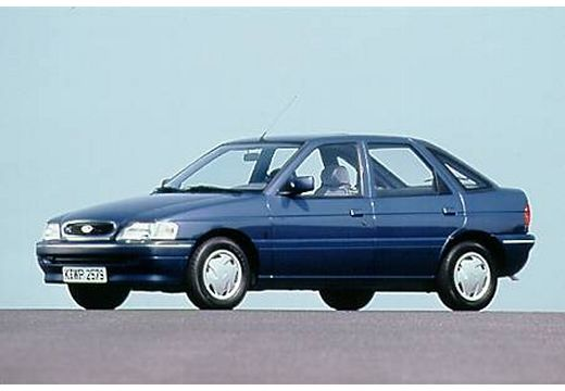 FORD Escort III hatchback niebieski jasny przedni lewy
