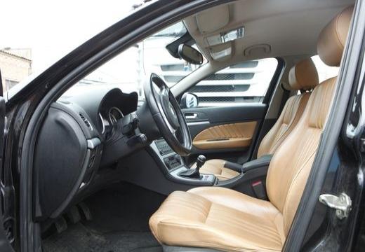 ALFA ROMEO 159 sedan wnętrze