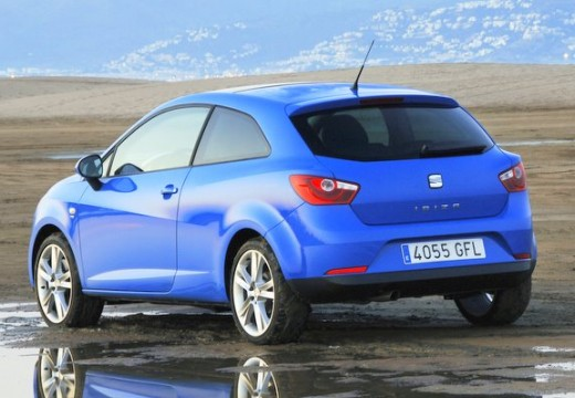 SEAT Ibiza V hatchback niebieski jasny tylny lewy