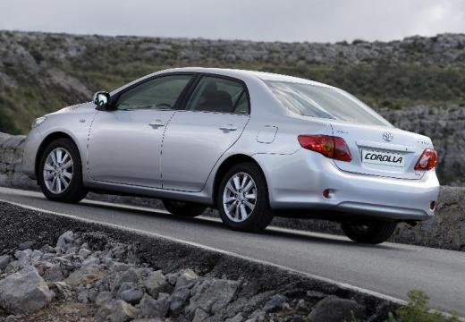 Toyota Corolla I sedan silver grey tylny lewy