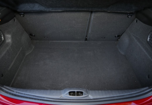 PEUGEOT 208 II hatchback przestrzeń załadunkowa