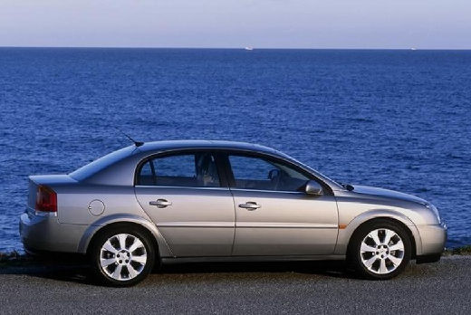 OPEL Vectra C I sedan silver grey boczny prawy