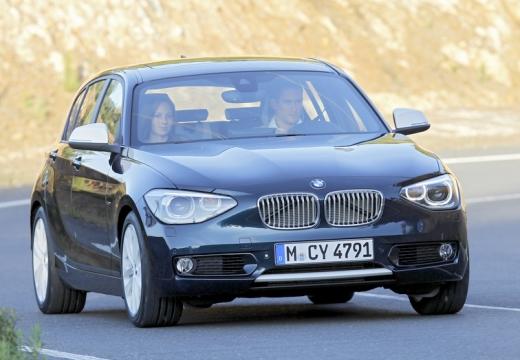 BMW Seria 1 F20 I hatchback czarny przedni prawy