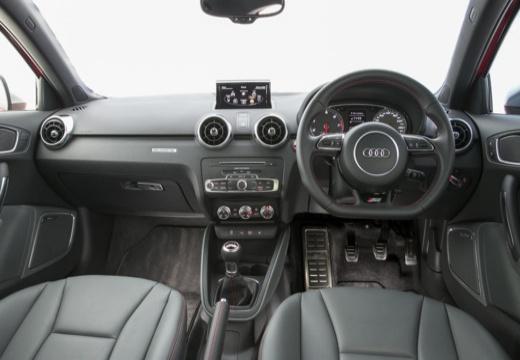 AUDI A1 Sportback I hatchback tablica rozdzielcza