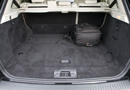 BMW X5 X 5 E70 kombi przestrzeń załadunkowa