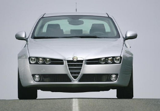 ALFA ROMEO 159 2.4JTDM Distinctive Sedan I 210KM (diesel)