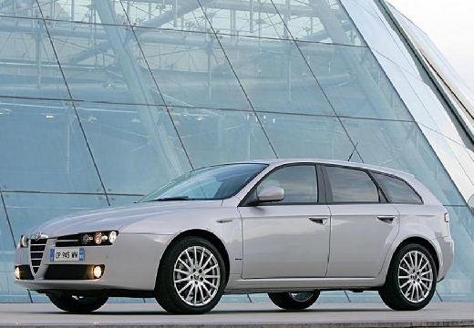 ALFA ROMEO 159 Sportwagon kombi silver grey przedni lewy