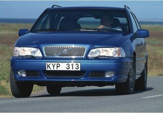 VOLVO V70 Classic kombi niebieski jasny przedni lewy