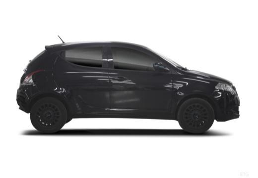 LANCIA Ypsilon hatchback czarny boczny prawy