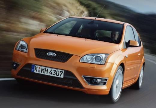 FORD Focus III hatchback pomarańczowy przedni lewy